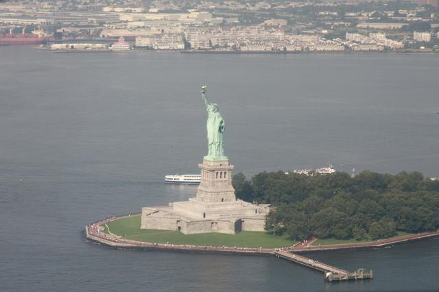 New York - Statue of Liberty from Helicopter
